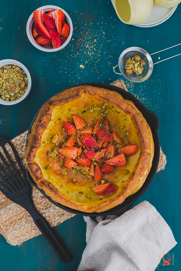 Dutch Baby with Strawberries and Pistachios | How to make a foolproof Dutch Baby